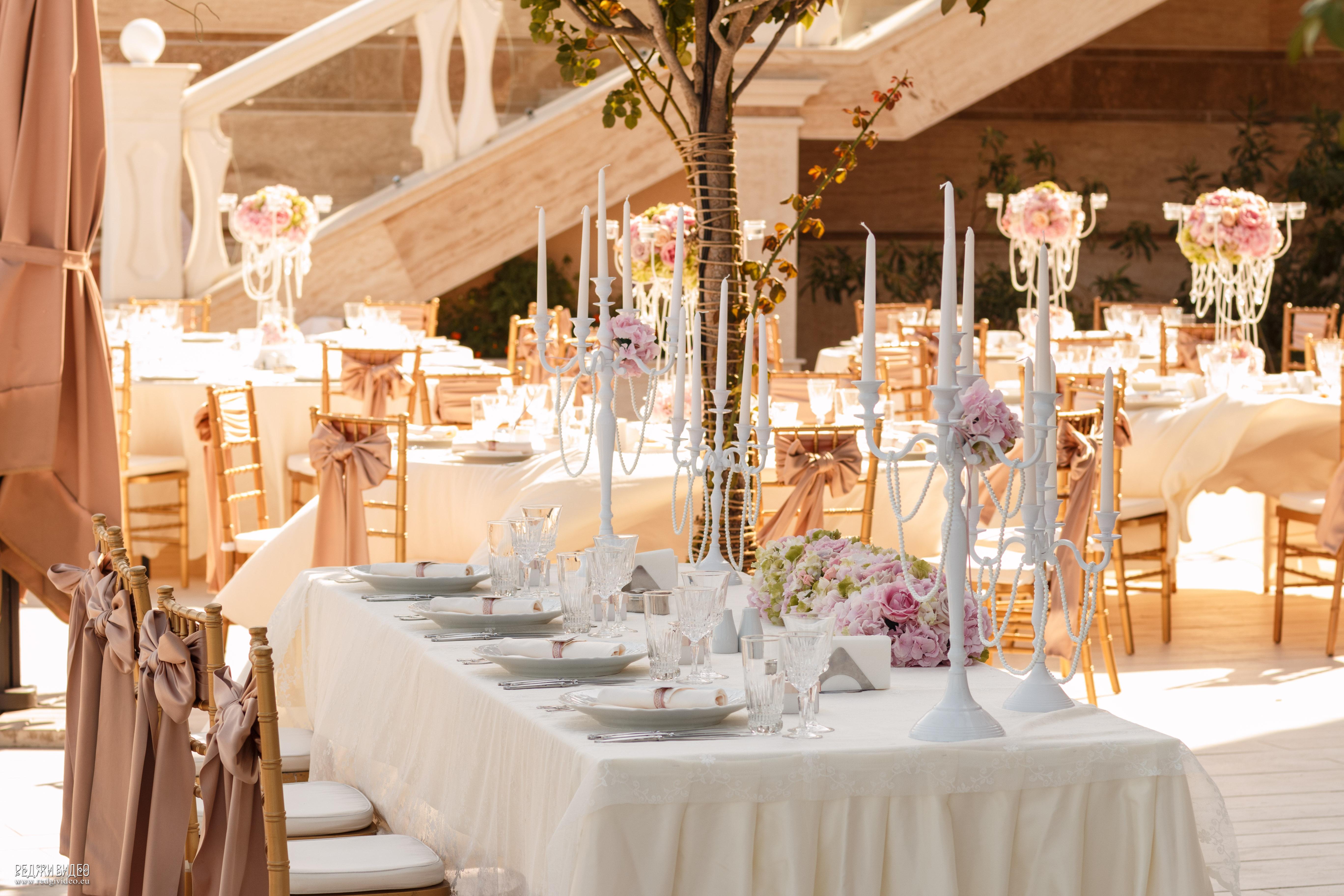 Декорация за сватба с цветя